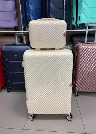 Акция кейс 500грн чемодан 1800грн распродажа поликарбон чемодан с кейсом wings