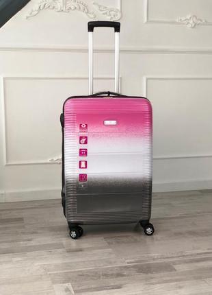 Стильный чемодан из полипропилена в цвете градиент/стильна валіза з поліпропілену