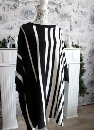 Черно - белый вязаный свитер пончо от rainbow2 фото