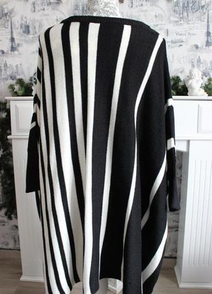 Черно - белый вязаный свитер пончо от rainbow8 фото