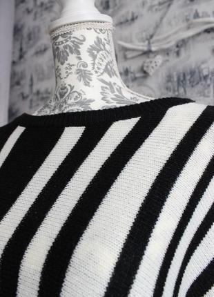 Черно - белый вязаный свитер пончо от rainbow5 фото