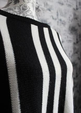 Черно - белый вязаный свитер пончо от rainbow4 фото