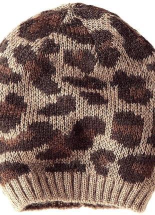 Распродажа модная молодежная шапка гладкой вязки с жаккардовым принтом