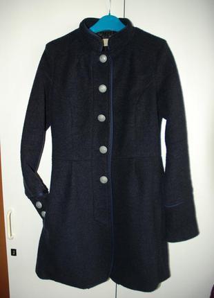 Пальто осеннее bershka 36 s