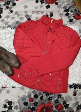 Стьоганная демисезонная куртка от zara