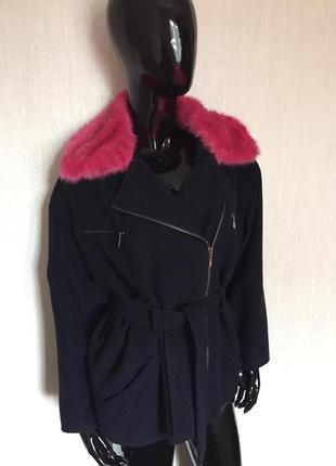 Очень красивое стильное пальто/ косуха / шерсть