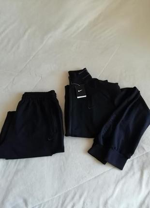 Спортивный костюм nikе 6xl