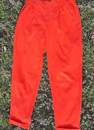 Червоні класичні штани