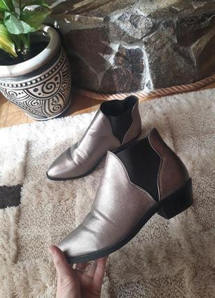 Челси обувь на весну казаки