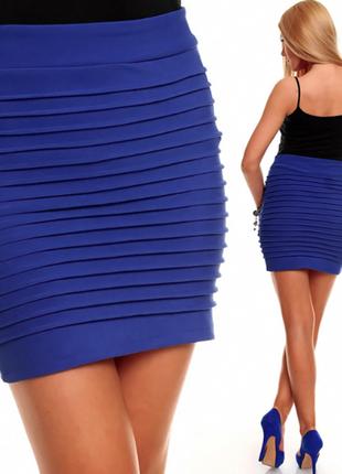 Синяя облегающая юбка