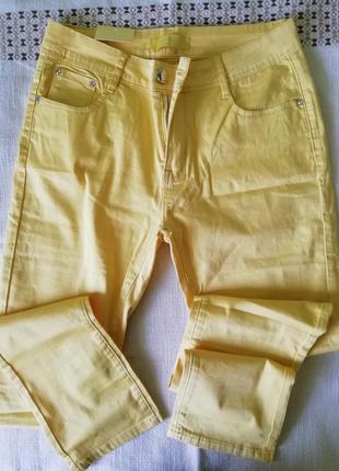 Яскраві джинси від g&g