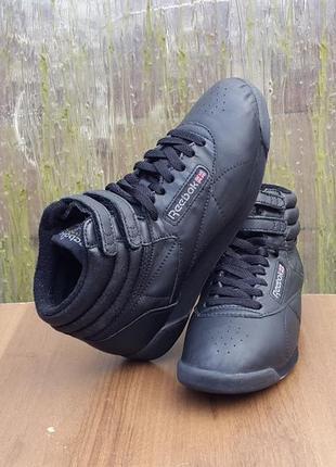 Кожаные кроссовки reebok 37 р. оригинал