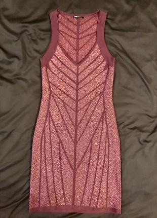 Бордовое платье с люрексом