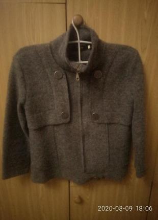 Теплый пиджак на весну