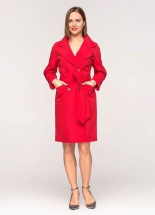 Стильный женский весенний красный плащик