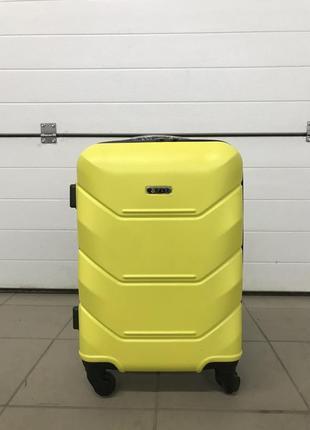 Чемодан,валіза,польский полікарбонат
