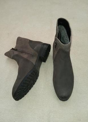 Комфортные ботиночки из натуральной кожи сaprice
