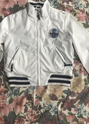 Продам куртку ветровку бомбер белоснежную geox
