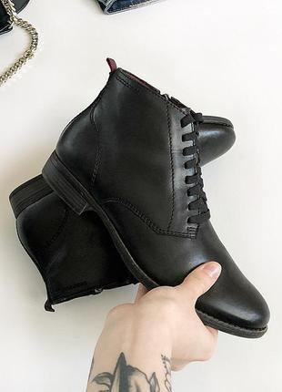 Идеальные брендовые натуральные кожаные ботинки tamaris (цена в магазинах 5000 грн)