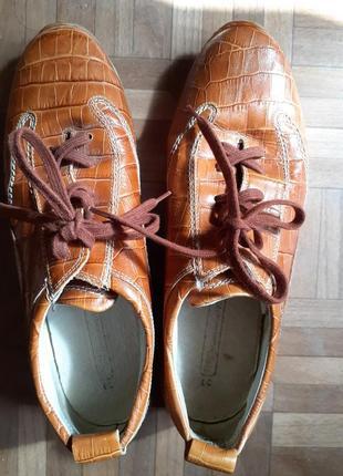 Женские кожаные туфли strauss 1902, разм.39