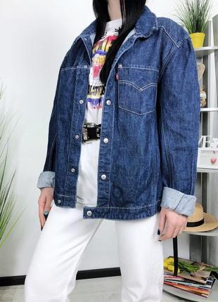 Трендовая джинсовка с накладными карманами оверсайз винтаж винтажная levis