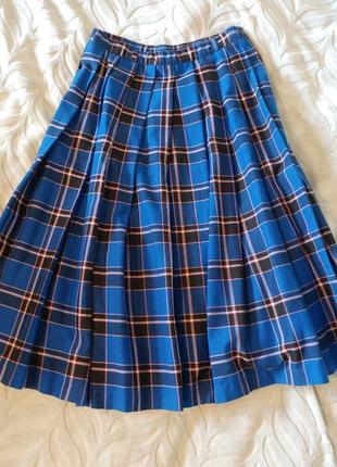 Красивая юбка в клетку плиссе