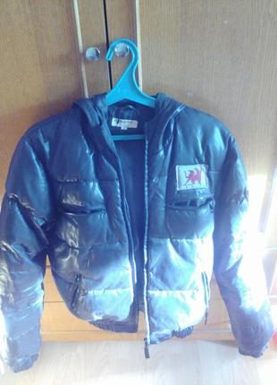 Демисезонная курточка на пуху