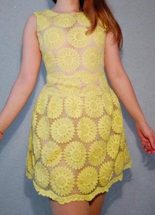 Нежное платье в цветочек