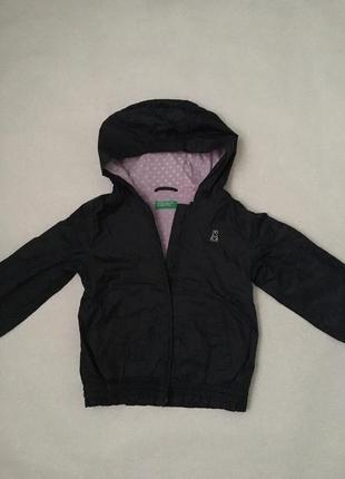 Красива курточка для дівчинки benetton