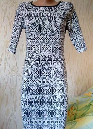 Стильное платье с этно-принтом george.