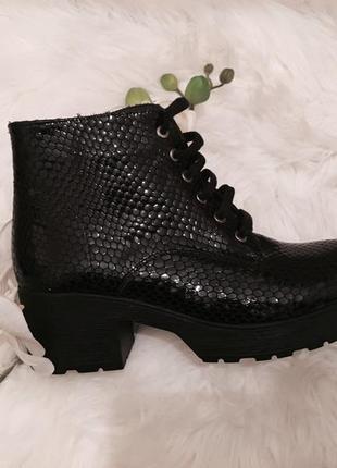 Распродажа склада, кожаные ботинки - 60%3 фото