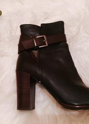 Распродажа склада, кожаные ботинки - 60%4 фото
