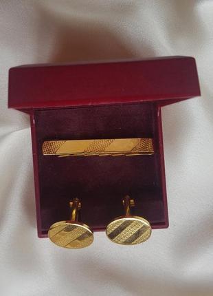 Набор золотистые запонки и зажим для галстука elizabeth duke