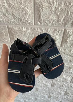 Босоножки первая обувь вьетнамки 11 см