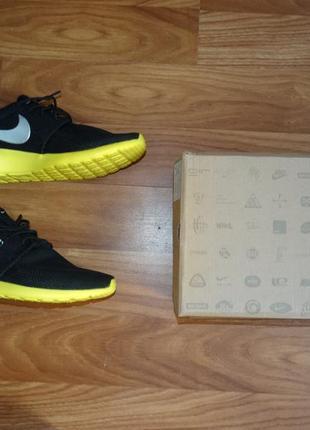Мужские кроссовки nike оригинал 43-44 размер стелька 28-28,5 см