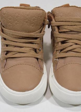 Стильні кросівки хайтопи zara іспанія6 фото
