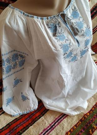 Нежнейшая блуза с вышивкой
