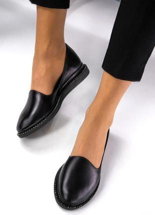 Легкие и удобные кожаные туфли
