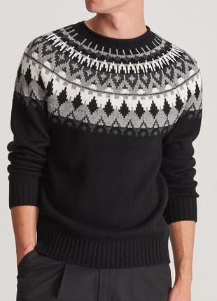 Свитер пуловер