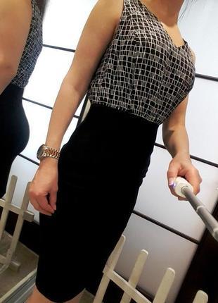 Платье next s xs черно белое деловое миди элегантное приталенное asos летнее