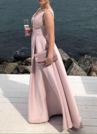 Роскошное нарядное платье1 фото
