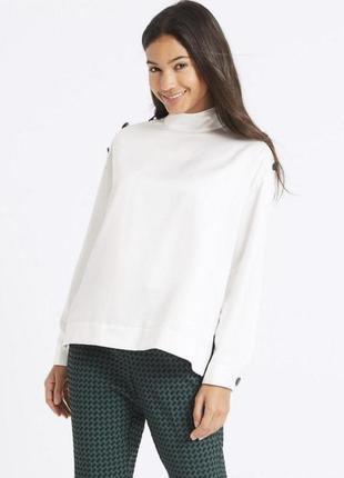 Крутая базовая нарядная атласная блуза с матовым пуговицами marks and spencer🍓