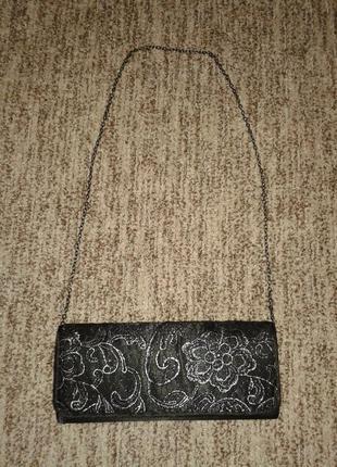Елегантная сумочка к вечернему платью