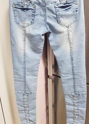 Очень красивые джинсы