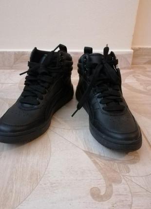 Кросівки шкіряні, кожаные кроссовки