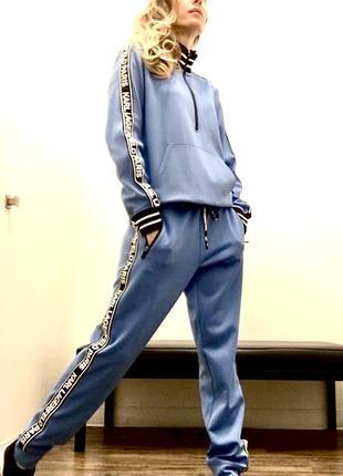 Весенний спортивный костюм karl lagerfeld, свитшот, толстовка