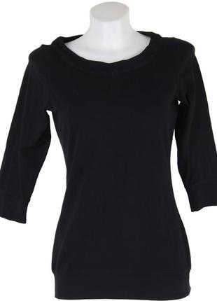 Черная футболка с длинным рукавом