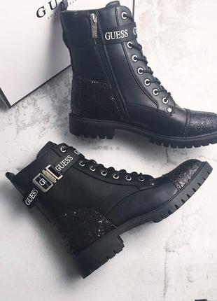 Guess оригинал черные ботинки комбаты с шиммером
