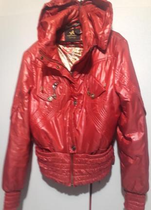 Куртка с капюшоном короткая распродажа акция