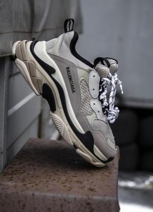 Кросівки balenciaga triple s grey/beige/black кроссовки
